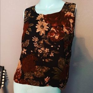 Rafaella Floral Tank Perfect For Fall 1990's style